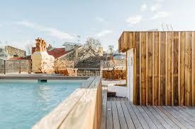 pool-view-la-course-bordeaux