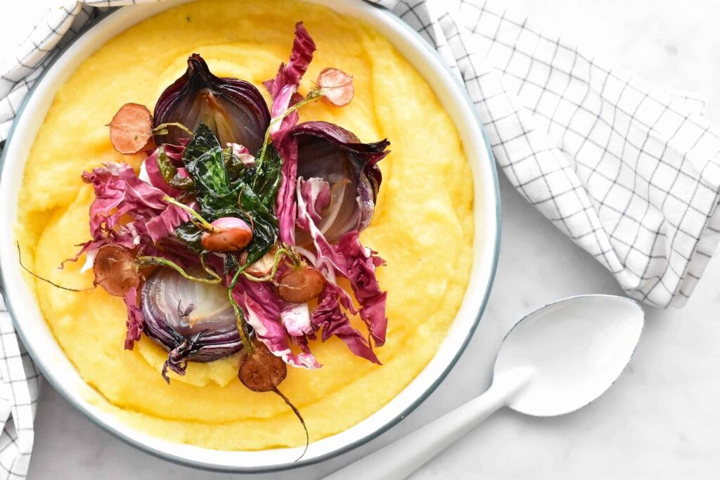 My vegan polenta with seasonal red vegetables