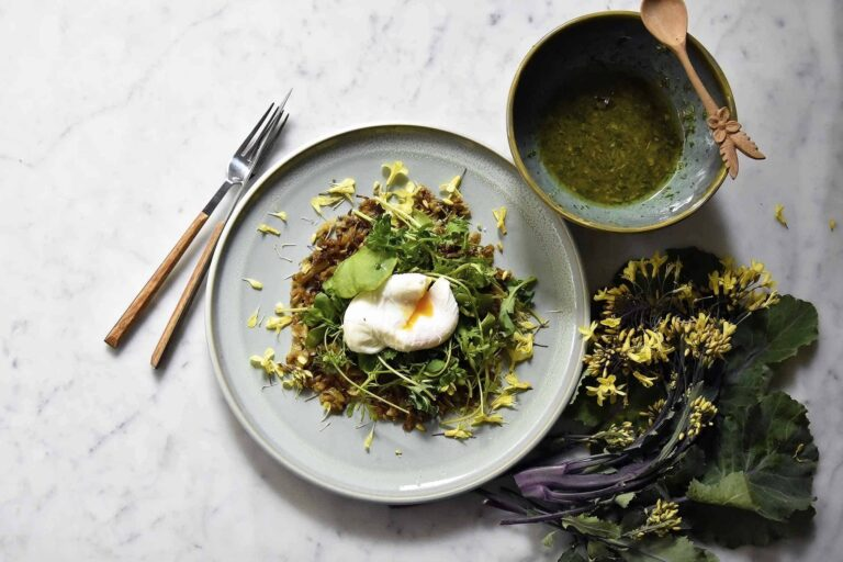 My kohlrabi rösti with tossed greens and poached egg