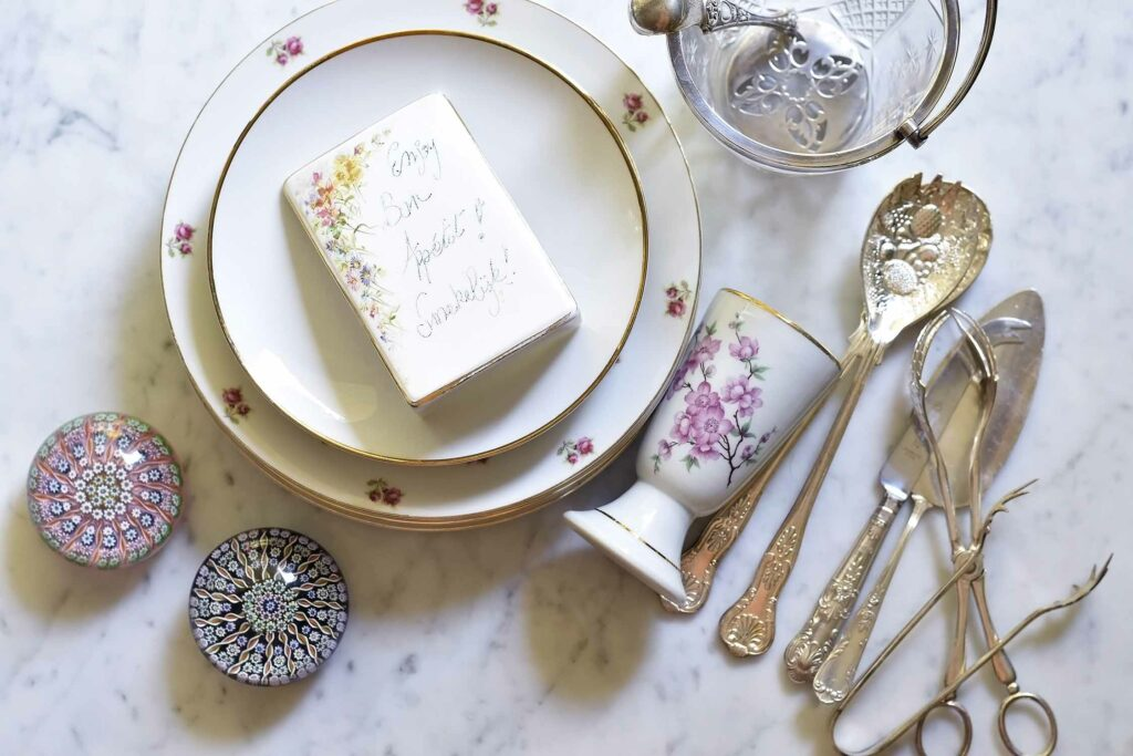 My 10 tips on how to start a vintage tableware collection